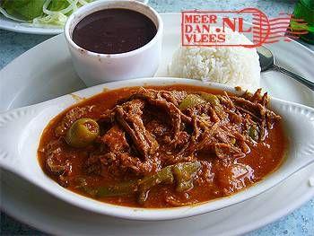 Letterlijk betekent ropa vieja 'oude vodden'. Het is een origineel Spaans liflafjes-recept. Het werd vroeger gemaakt om restjes te verwerken en was bij uitstek...
