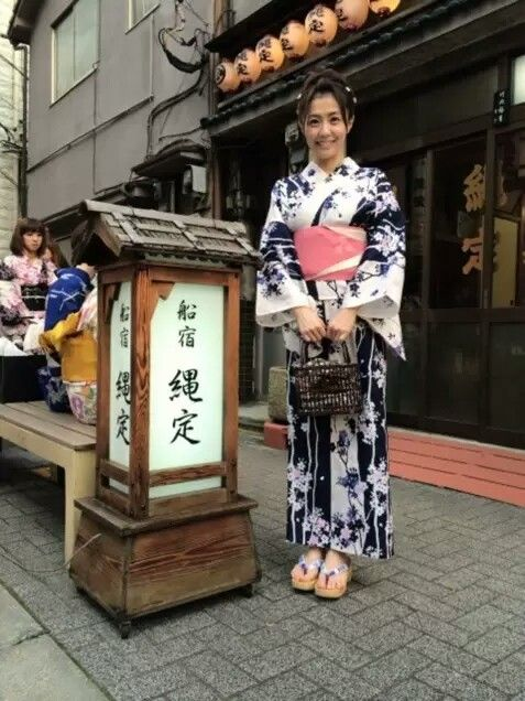 小林麻耶かわいい浴衣姿披露