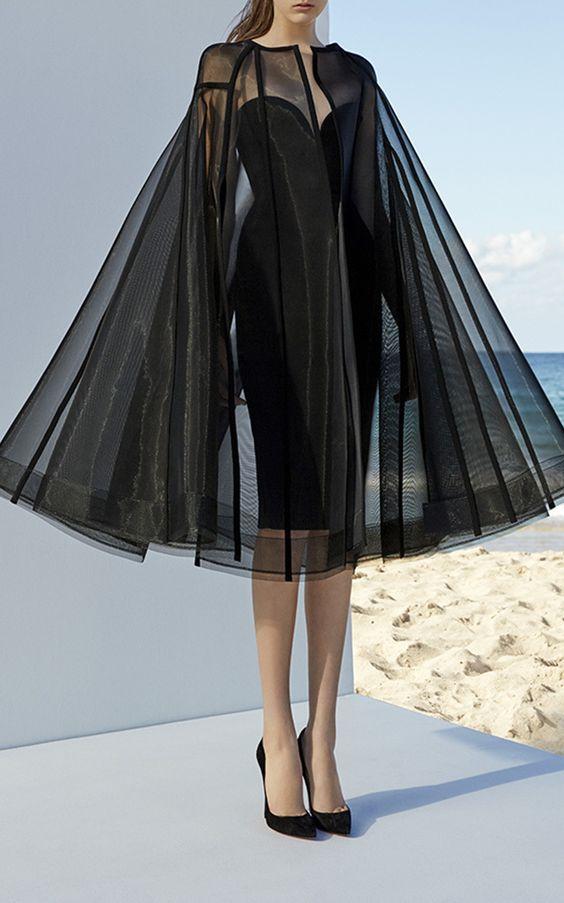 cape jacket patterns, long cape jacket, cape fashion trend, Alex Perry Campbell Cape