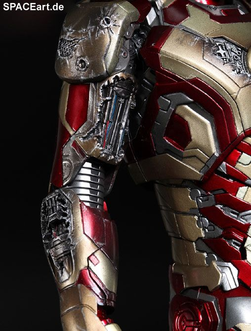 Iron Man 3: Iron Man Mark XLII - DieCast, Voll bewegliche Deluxe-Figur ... http://spaceart.de/produkte/irm020.php