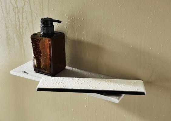 Design Wisser Badkamer : ... voor de in badkamer. Een douche planchet ...