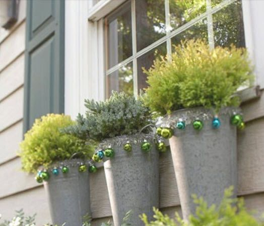 Great idea for around your garden urns! DecRenew Interiors Blog: Ruthie's Christmas File