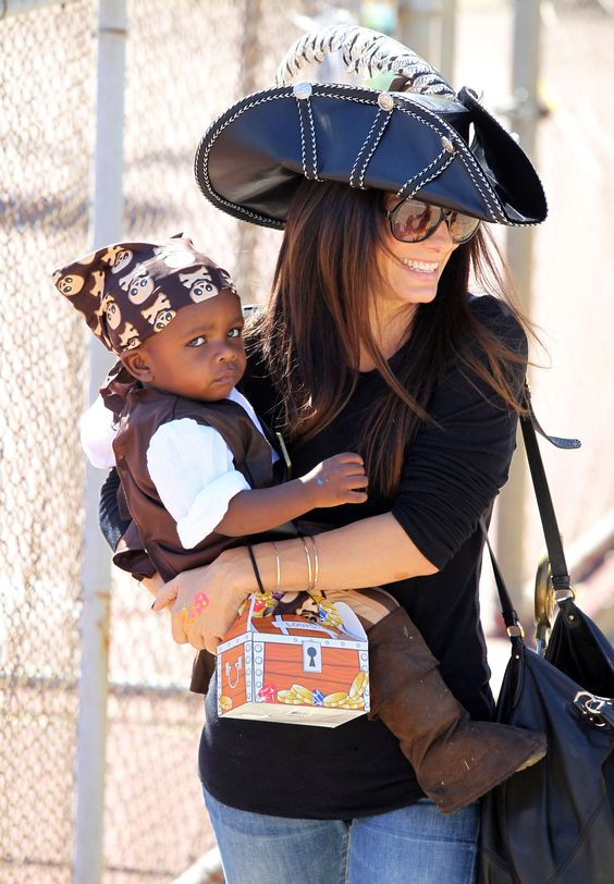 Sandra Bullock and Louis Wear Matching Pirate Costumes For a Halloween Party!