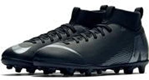 Youth football cleats, Youth soccer