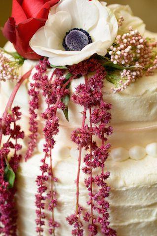 Anemone cake topper | Everlasting Love Photography | see more on: http://burnettsboards.com/2014/05/spanish-wedding-inspiration-shoot/