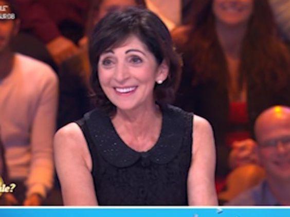 """Adorable ! Camille Combal vous présente sa maman dans """"L'Œuf ou la Poule ?"""" (vidéo)"""