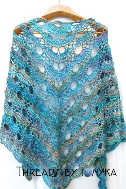 Scalloped Triangle Shawl Crochet Pattern : Ravelry, Patterns and Crochet on Pinterest