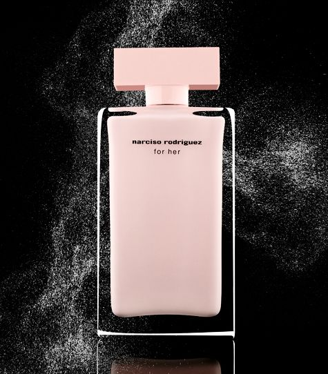 Narciso Rodriguez - Sexy Sexy scent! Screams confidence and sex... Thats my perfume !