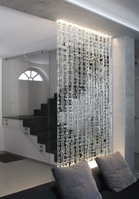 Mur lumineux en verre recyclé Disponible sur demande chez les