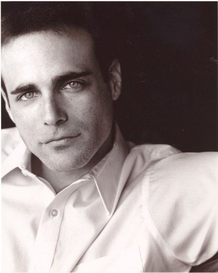 Brian Bloom, voice of Varric Tethras in Dragon Age 2 and ...