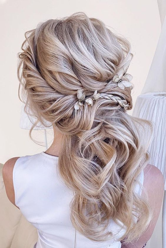 Curly Hairstyles Long Curly Hairstyles For 40 Year Old Woman 2019 Curly Weave Hairstyles Youtube Curly Haare Hochzeit Brautjungfernfrisuren Frisur Hochzeit