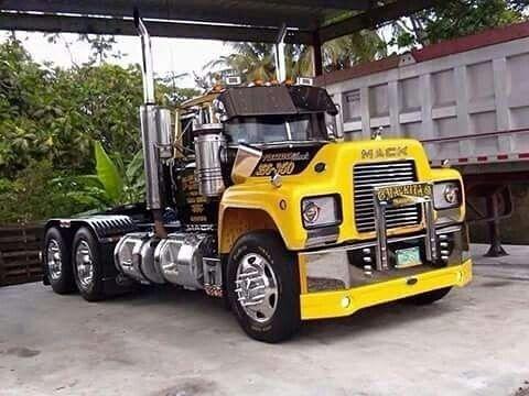 Semitrckn Mack R Custom Trucks Big Rig Trucks Mack Trucks