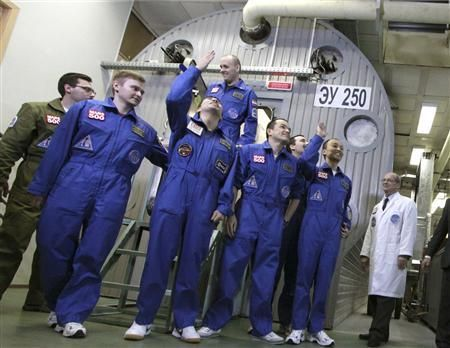 """Mars crew """"lands"""" after 520 days in isolation"""