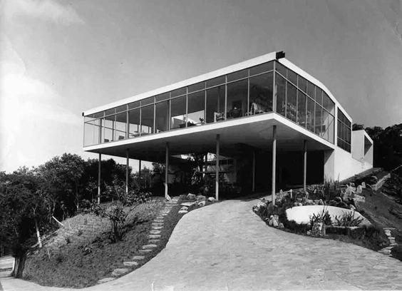 Casa de Vidro, São Paulo Lina Bo Bardi, 1951