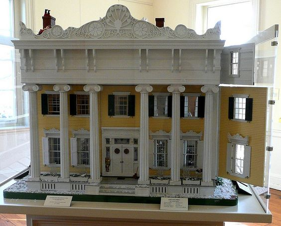 Wow! This dollhouse (from Goliath Miniatures of Twinsburg, OH) is a recreation of the 1847 Large House located in Flemington, NJ. It's on an extended stay at Morven Museum in Princeton.