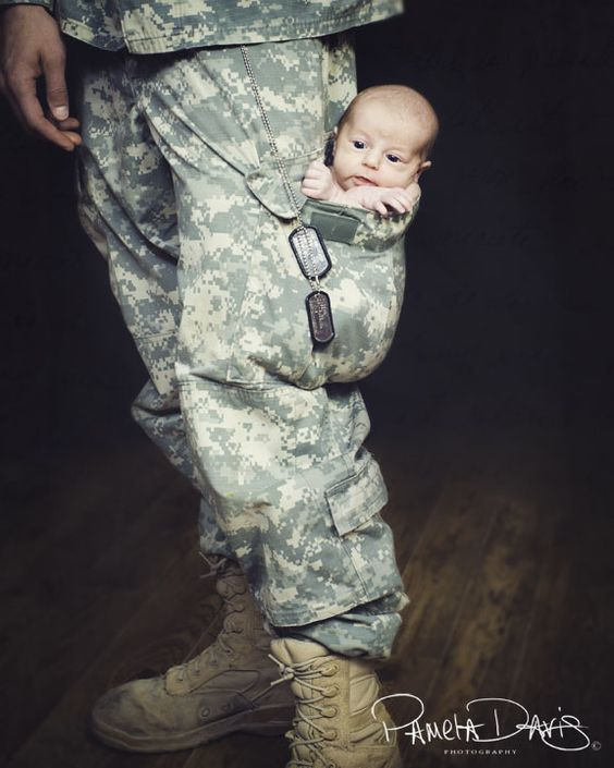 I have such a special place in my heart for those who serve in the military. This picture almost made me cry!