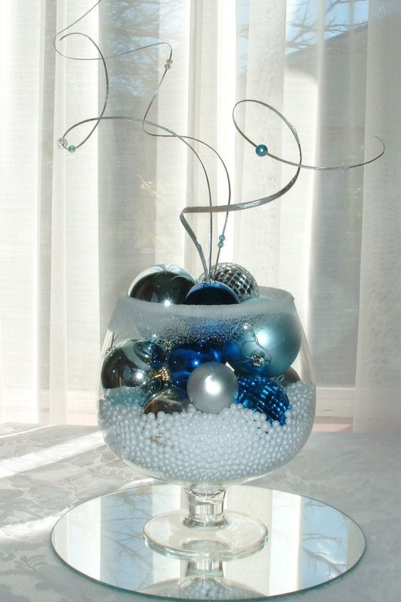 Winter ornament centerpiece can be done in any color