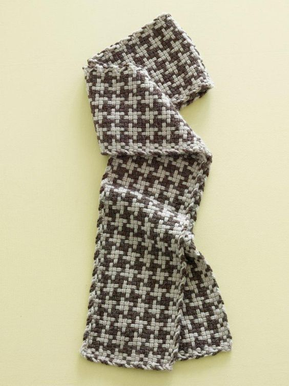 Knitting Pattern For Houndstooth Scarf : Crafts Lion Brand  Yarn Alpaca Blend Loom-Woven Houndstooth-Check Scarf Hou...