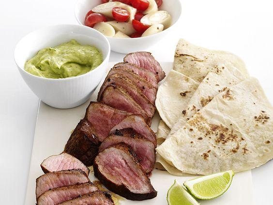 Steak with Avocado Sauce and Tomato Salad