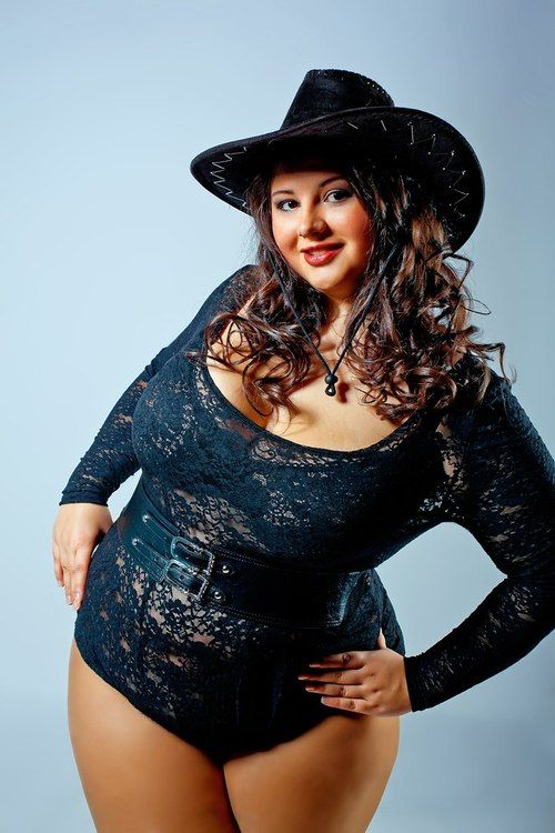 Alexandra Sherbakova, russian plus size model, very curvy and beautiful