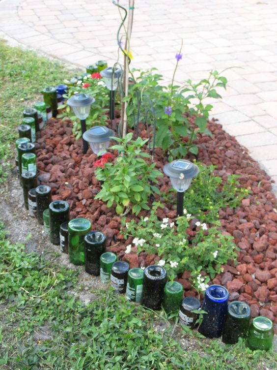 Landscaping Edging Plants : Garden landscaping bottle recycled borders
