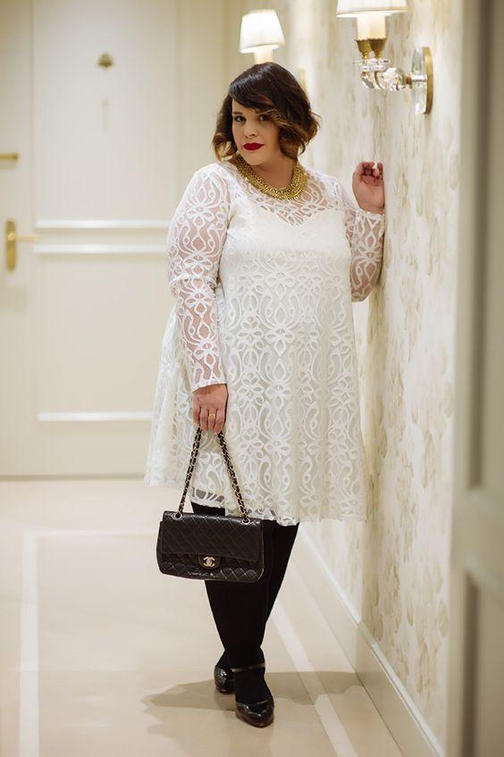 Stephanie ZWICKY la chroniqueuse beauté M6/blogueuse mode grande taille. J'ai eu la chance de la croiser un jour et c'est un amour de femme !