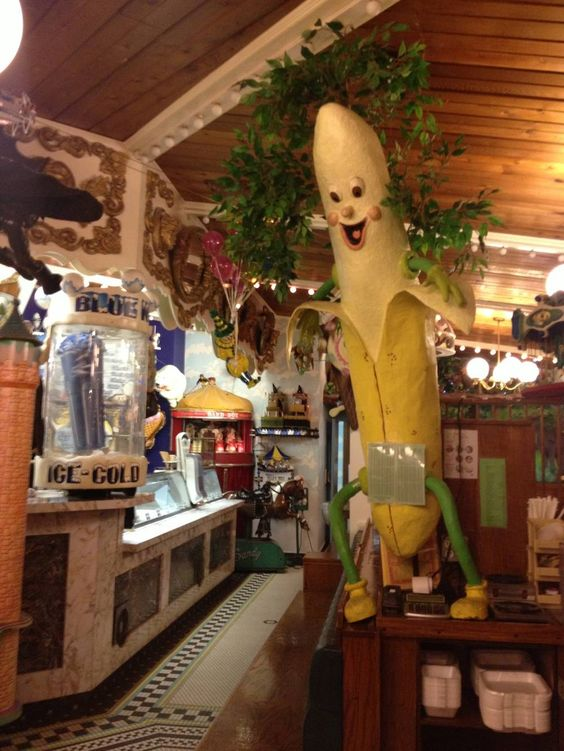 """BANANA~""""If the menu you wish to see,   look in the crotch of the banana tree."""""""