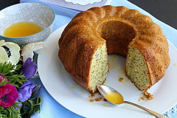 Poppy seed citrus cake. la prima fettina di dolce che ho assaggiato da California Bakery