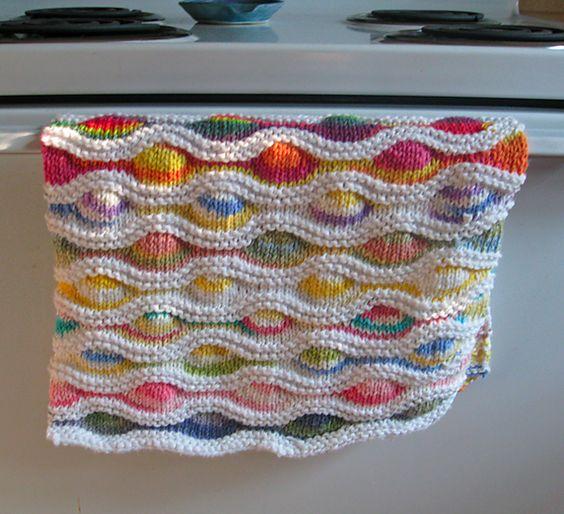 Knit Dishcloth Pattern Ravelry : Lizard Ridge Dishcloth Free on ravelry knitting Pinterest
