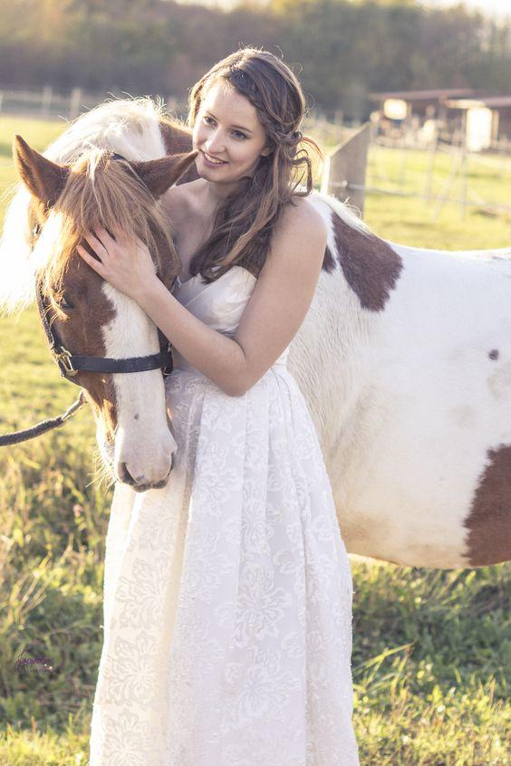 Bride & Horse