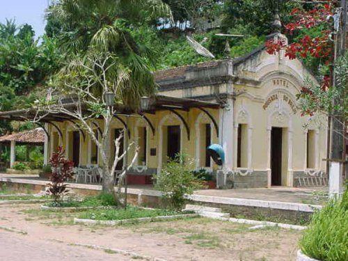 HISTORICO DA LINHA: O ramal de Bananeiras teve seu primeiro trecho entregue em 1910 e chegou em Bananeiras somente em 1925. Foram 15 anos para entregar 35 quilômetros, Deveria avançar mais outros 35-40 km para atingir Picuhy, o que jamais aconteceu. Em 1966, o trem deixou de circular pelo ramal. Em 18/04/1970, o ramal foi oficialmente suprimido.
