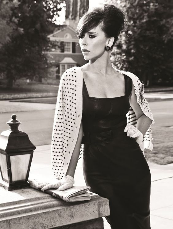 Jennifer Love Hewitt she's gorgeous in this pic