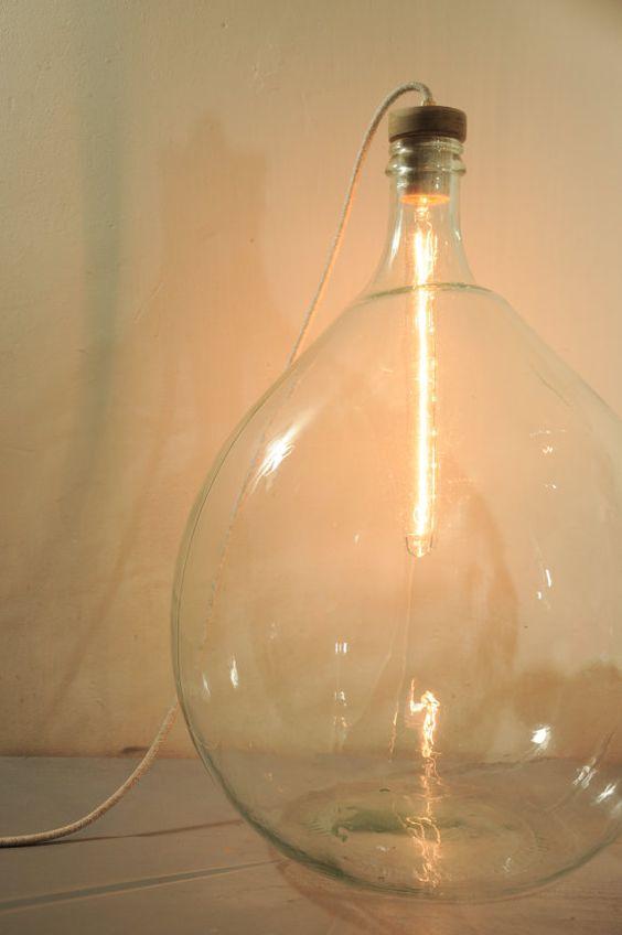 Pavimento in vetro vintage damigiana / lampada da scrivania Look & Feel __________ Questa lampada di bottiglia gigantesco vetro trasparente