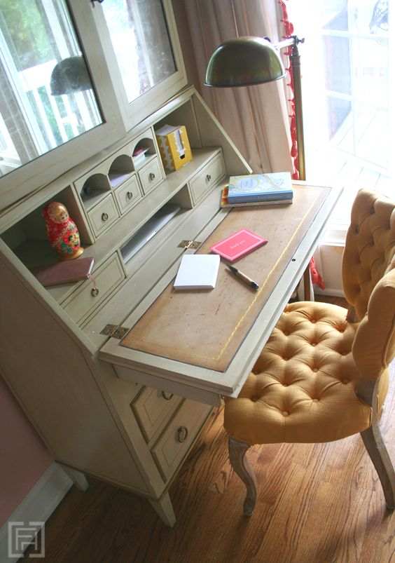 Writing station design and secretary on pinterest for Southern living keeping room ideas