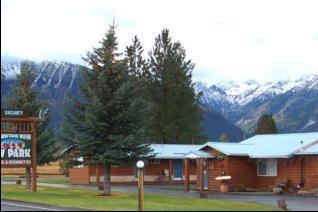 lodging, motel, kitchenettes, pet-friendly, joseph, oregon