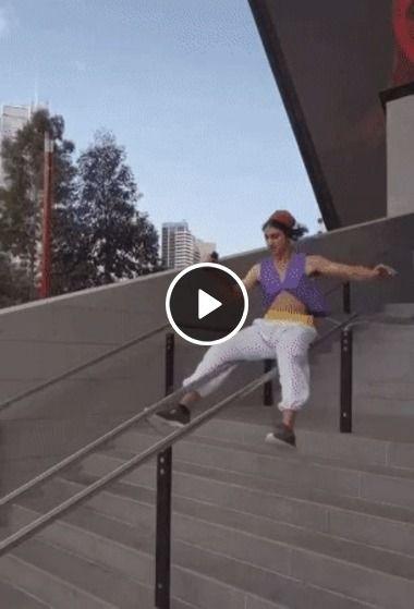 Escorregador na escada