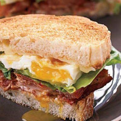 Breakfast Sandwich {Mothers Day Recipe}