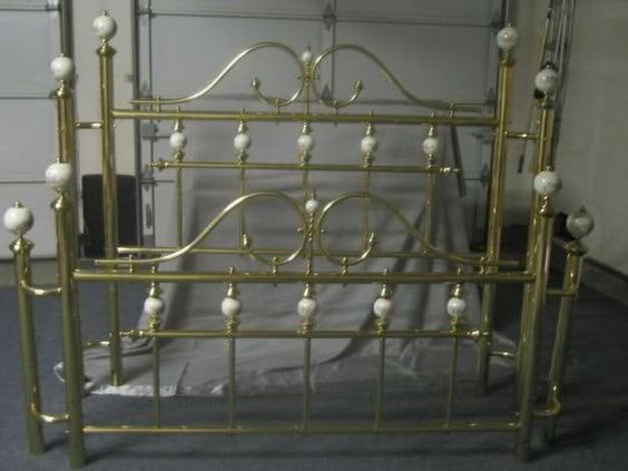 spray paint brass bed need ideas for updating headboard home. Black Bedroom Furniture Sets. Home Design Ideas