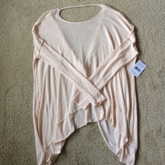 FP asymmetrical hacci open back top ❌PRICE FIRM NO TRADES❌ Free People Sweaters