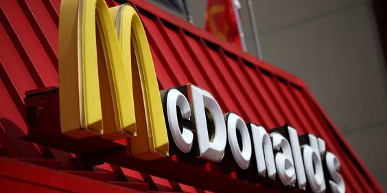 13 Things McDonald's Workers Want You to Know | Never order an apple pie unless you like death stares.