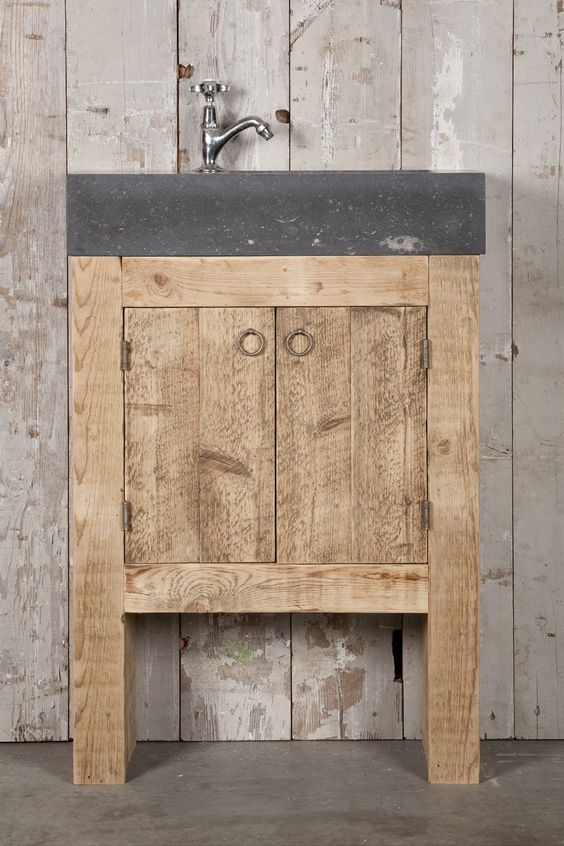 Badkamermeubels op maat gemaakt van oud hout en natuursteen oude bouwmaterialen bij jan van - Badkamermeubels vintage ...