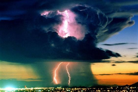 Las mejores Fotos de Rayos y Tormentas - Taringa!: Electrical Storms, God, Amazing Storm, Stormy Weather, Lightning Storms, Mother Nature, Extreme Weather, Climate Change
