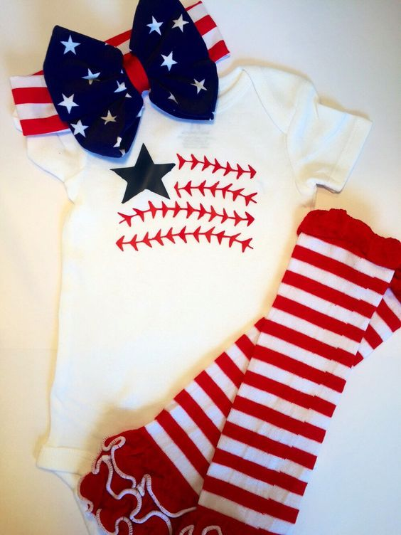 4th of July outfit- baby or toddler , legging or legwarmers, bow & onesie or shirt by knotsandthreads1 on Etsy https://www.etsy.com/listing/384483284/4th-of-july-outfit-baby-or-toddler
