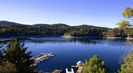 Lakes places and the o 39 jays on pinterest for Lake arrowhead fishing
