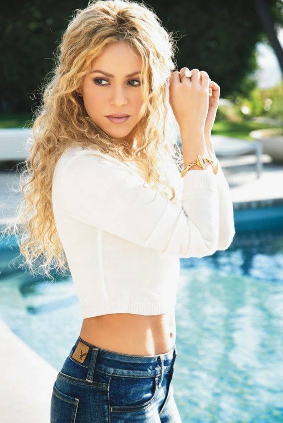 Shakira... For listening her songs  visit our Music Station http://music.stationdigital.com/  #shakira