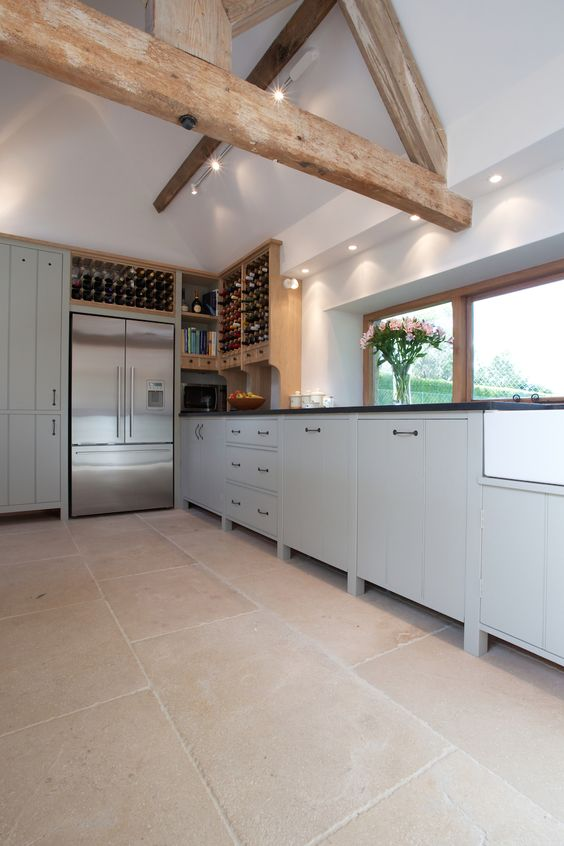 Buscot Limestone is a very hard, durable stone which has a similar colour and markings to the classic English stone of Cotswold villages. The seasoned process softly rounds the edges and exposes the surface grain leaving this limestone with a lightly stippled effect. www.artisansofdevizes.com