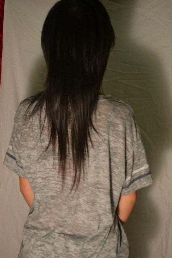 """Asian Mullet Back View """"V"""""""