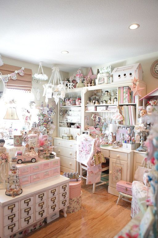 Kim caldwell studio my style pinboard pinterest for Shabby chic craft room