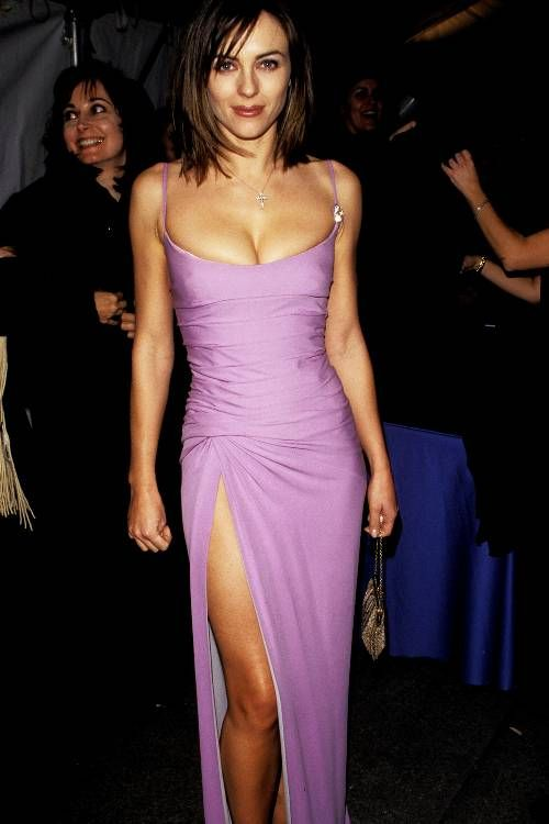 Liz Hurley Circa 1990 Is So On Trend For Now Elizabeth Hurley Hurley Style Dresses