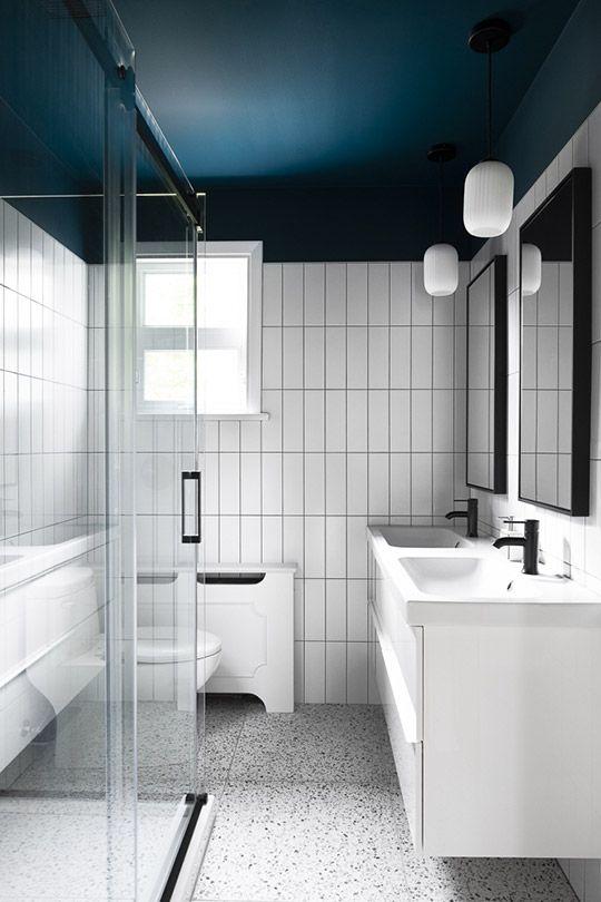 Epingle Par Amelie Julie Laflamme Sur Deco En 2020 Idee Salle De Bain Peindre Un Plafond Peindre Salle De Bain